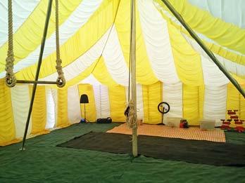 Trapeze circus party ... & Fantastiko Circus Skills Workshops - science Us